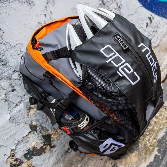 CadoMotus Waterflow Sportrugtas | Oranje-1030